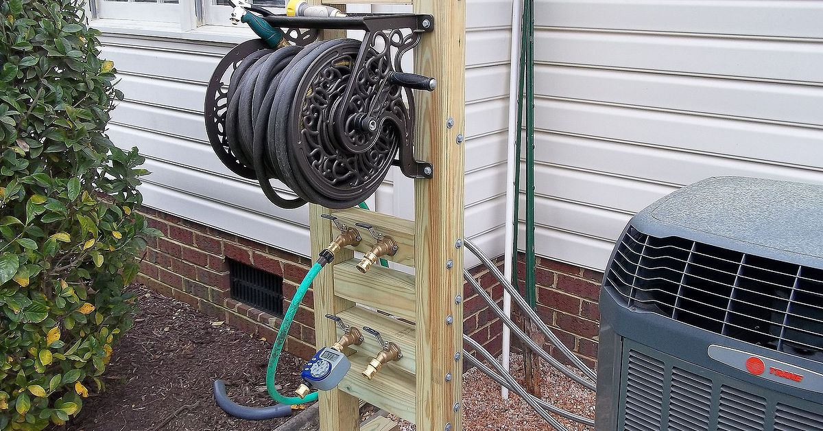 Hose reel solution for yard and garden outdoor faucet for Garden hose solutions