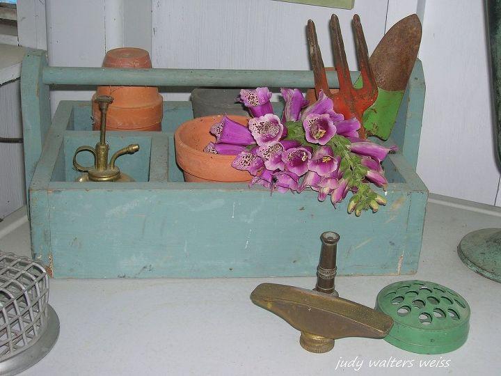 old wooden garden tote