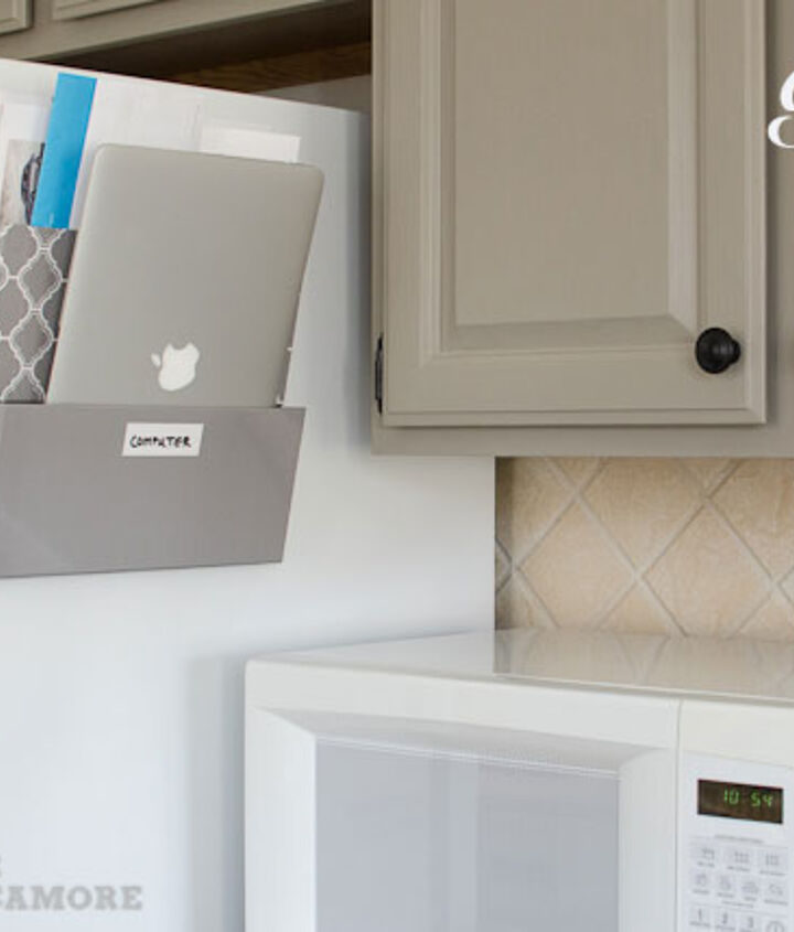 Organizer to hold junk mail and laptop