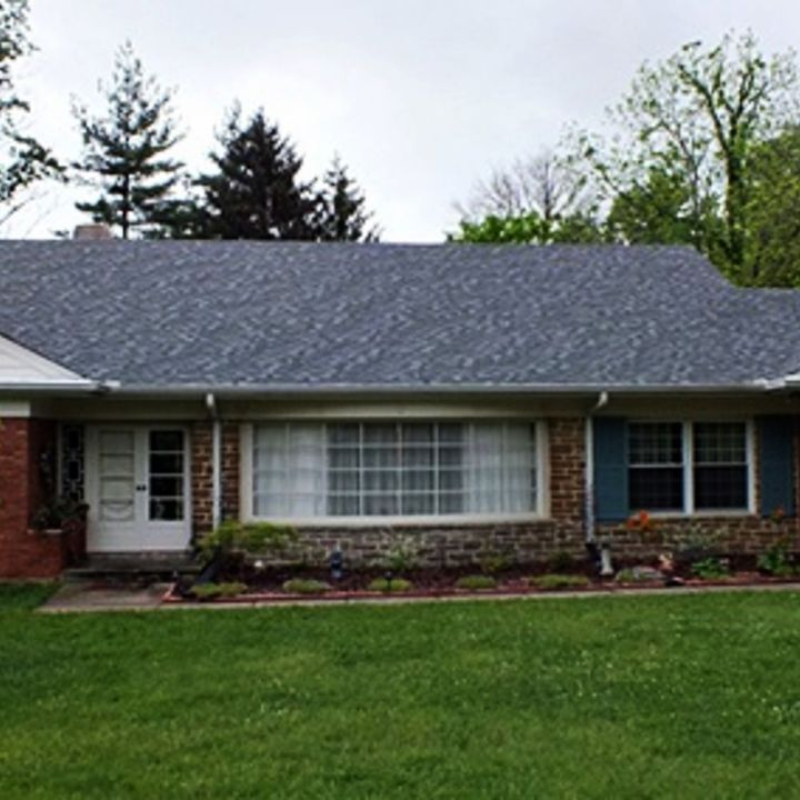 q what color do you think, curb appeal, doors, painting, roofing, today was overcast not the best pic