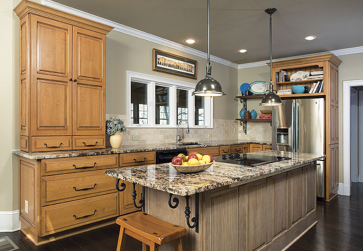 The Newly Remodeled Country French Kitchen - http://www.randidestefano.com/jordan-kitchen-remodel/