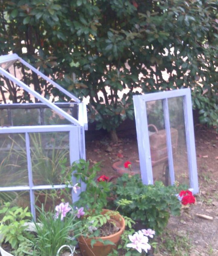 we made half of the top so that it can be removed ..so can set plants in it also a hook to hand them