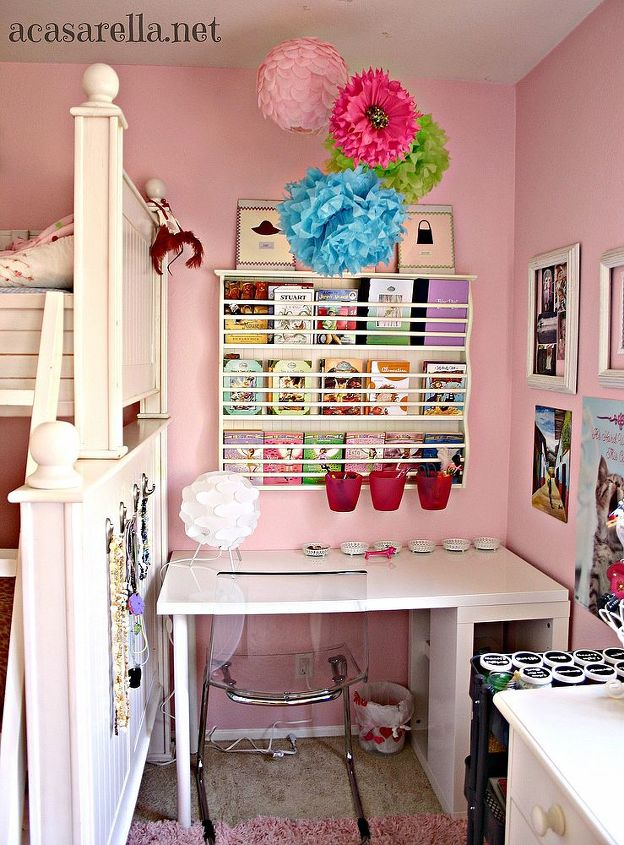 After the makeover, it's an efficient work space for a growing girl.