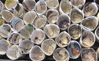 make seed starting pots from newspaper, gardening, repurposing upcycling