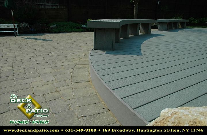 Curved Trex deck and curved bench.