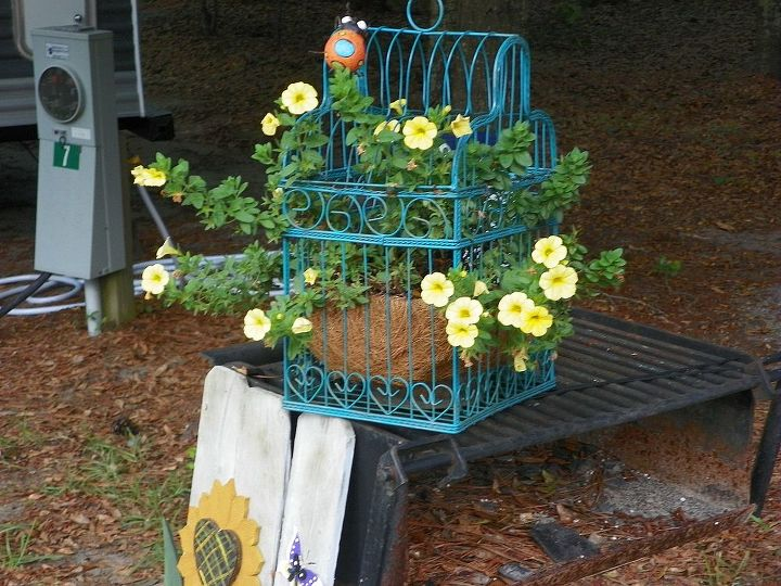 flower decor, flowers, gardening, repurposing upcycling
