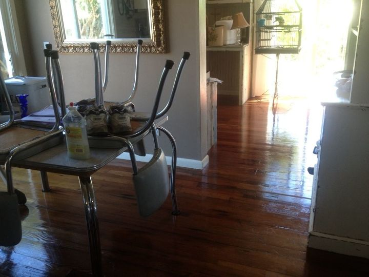 Breakfast nook leading into office- craft room