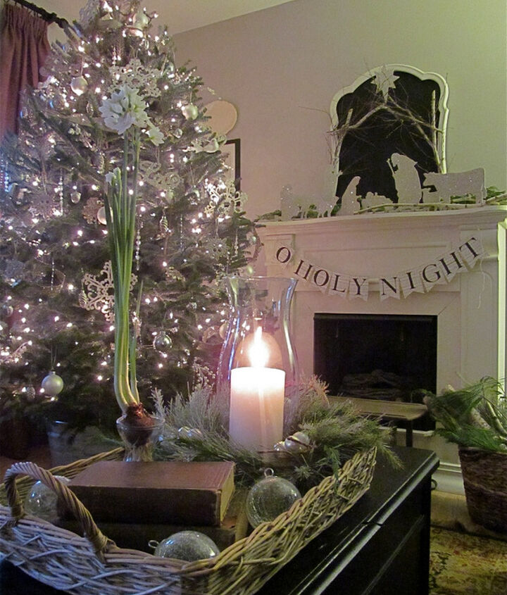 Christmas candlelight & paperwhites -- silver & white themed living room.