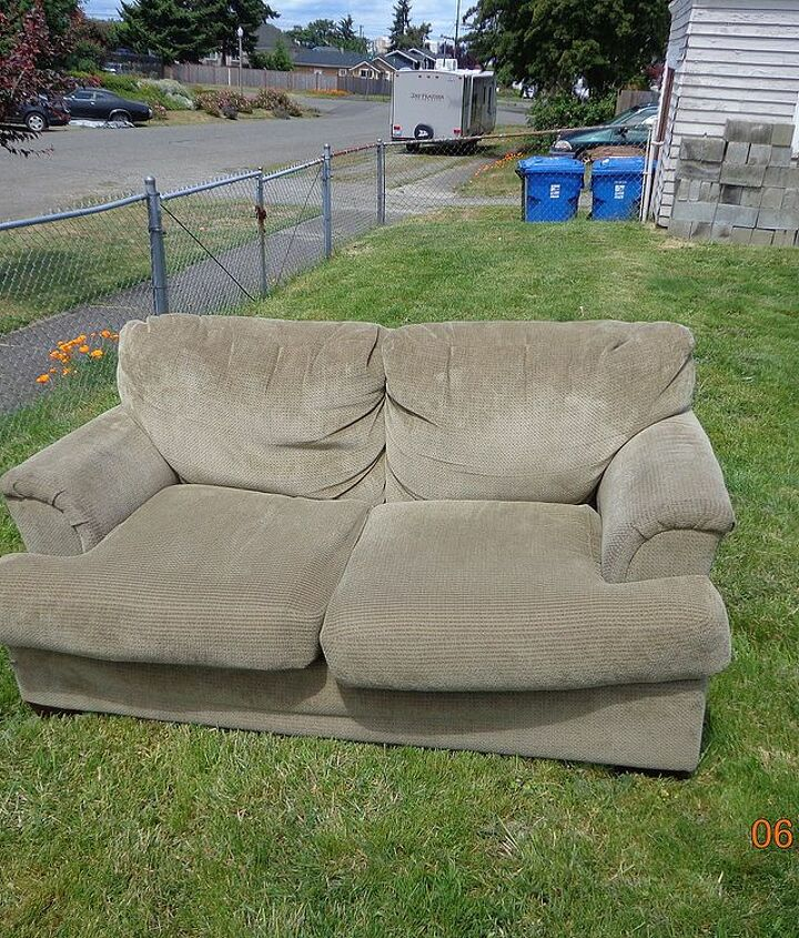upcycle indoor love seat to outdoor couch, outdoor furniture, painted furniture, repurposing upcycling, The humble beginnings My goal was to spend as little money as possible on this