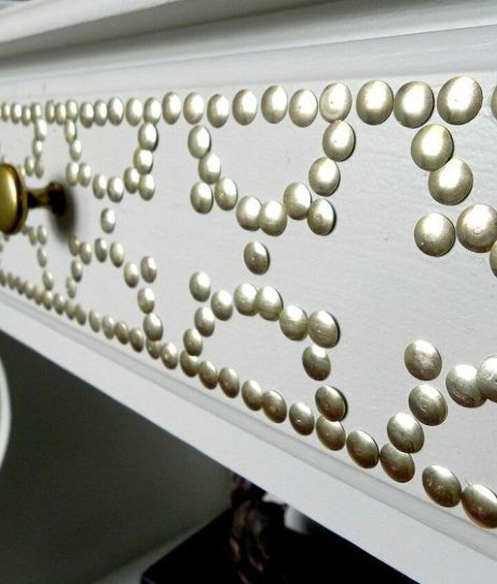 Thumbtack nailhead detail  http://www.madincrafts.com/2013/02/designer-inspired-nailhead-table-for-6.html
