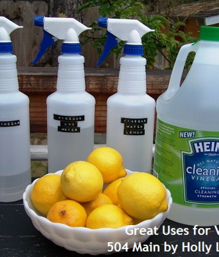 Cleaning up with Heinz Cleaning Vinegar! A few simple ingredients are all you need. Cleaning Vinegar or white vinegar, water and for a special scent, some essential oils.