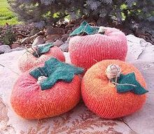 making pumpkins from sweaters, crafts, seasonal holiday decor