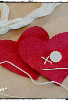 linen xo hearts, crafts, seasonal holiday decor, valentines day ideas