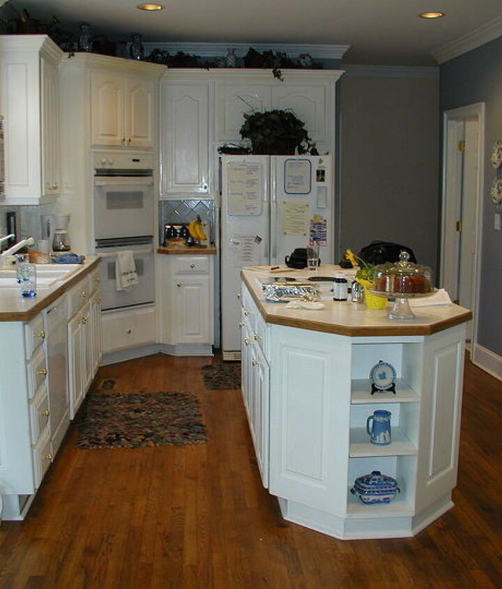 http://www.akatlanta.com/Atlanta-Kitchen-Renovations-By-AK