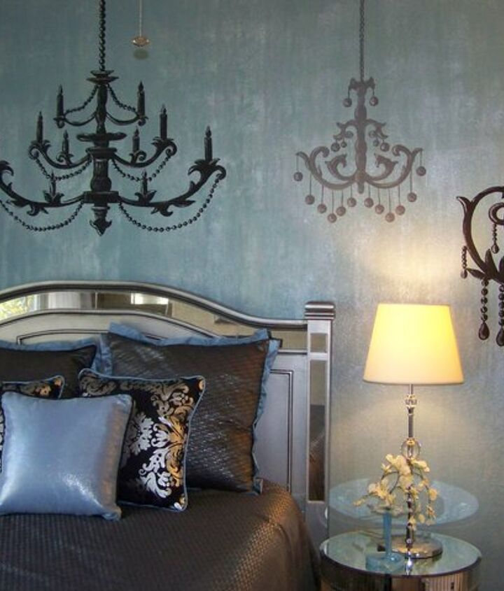 Faux wall with handpainted chandeliers for Atlanta designer Dawn Kines in Houston, TX.