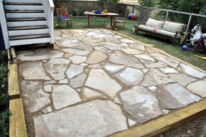 4000 pounds of flagstone set