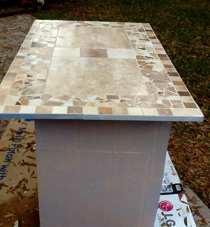 q mosaic tile countertop has sharp edges, countertops, tiling