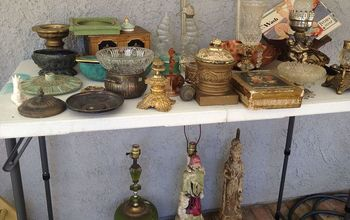 bragging about my flea market finds all this and 2 more boxes 14 00, Look at the lamps underneath