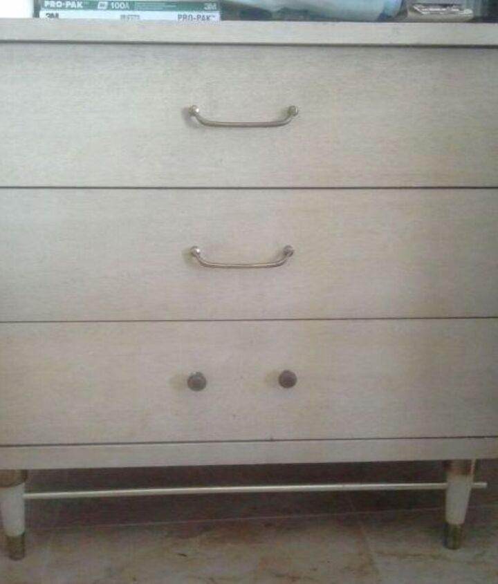 She's a lil boring.  Needs matching drawer pulls.