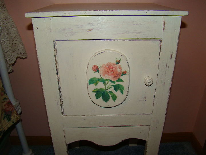 a long overdue paint transformation on a bedside stand, chalk paint, painted furniture, The transformed bed side stand Old White ASCP