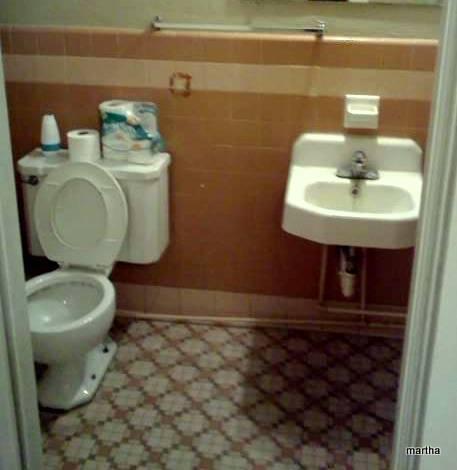 q retro bathroom redo ideas, bathroom ideas, home decor, home improvement, tiling