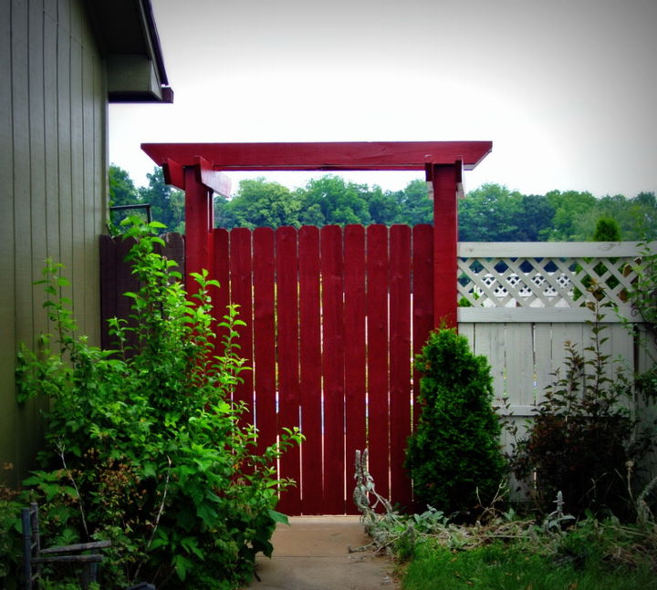 reused wood from old deck to make arbor, diy, gardening, outdoor living, pallet, woodworking projects