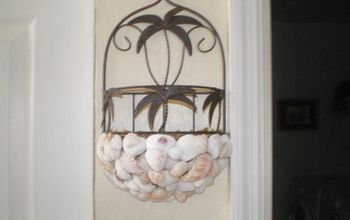 Just a few crafts I did with sea shells