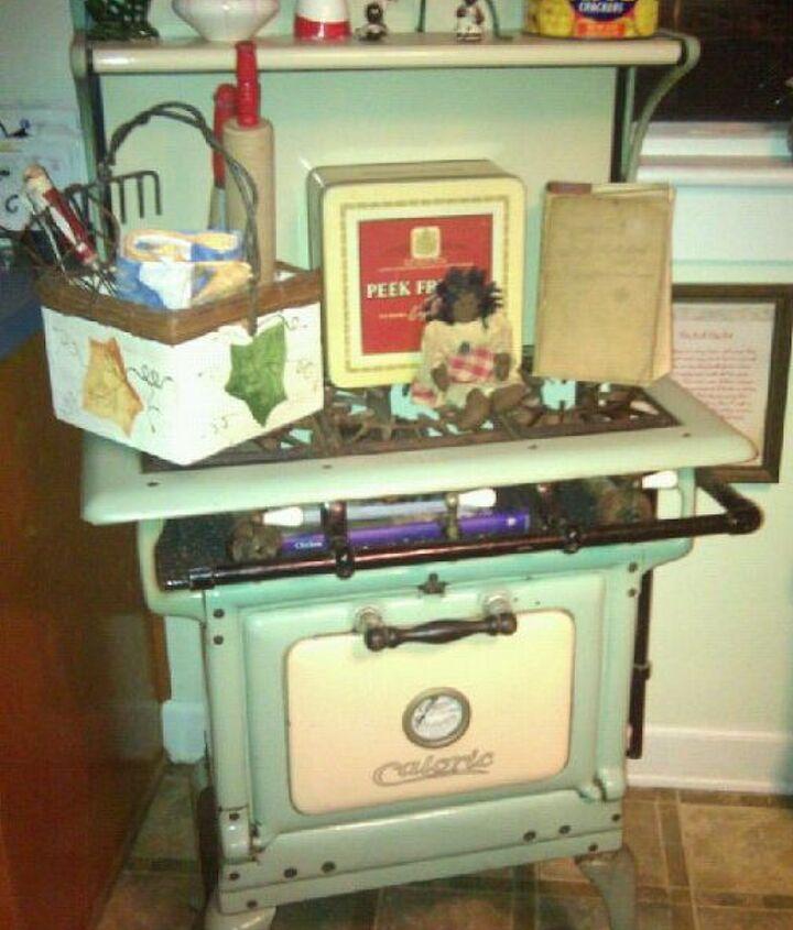My vintage Caloric stove