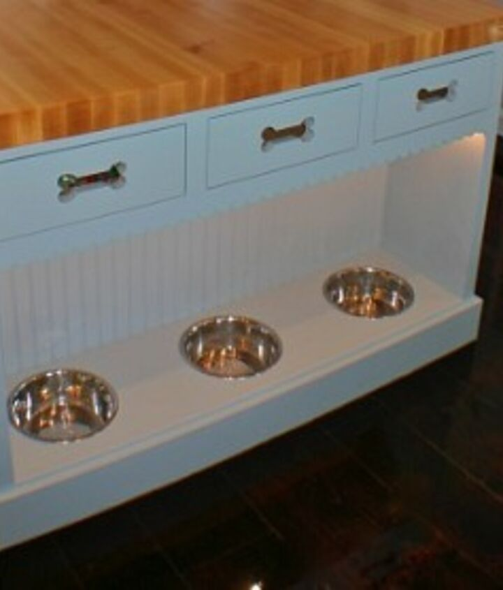 Custom Kitchen Island http://www.akatlanta.com/Atlanta-Kitchen-Renovations-By-AK