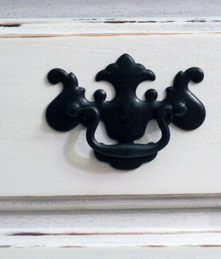 diy coastal cottage dresser makeover, home decor, painted furniture