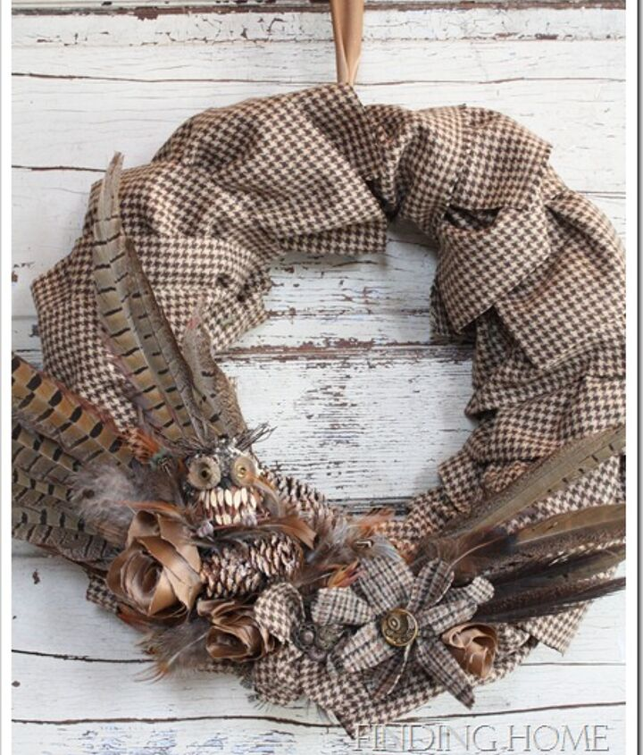 Hounds-tooth Owl Wreath