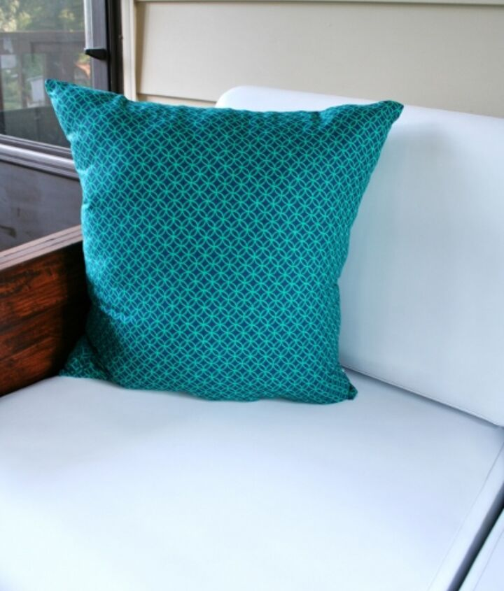 make throw pillows with plastic bag stuffing, crafts, home decor