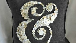 q what to do with old vintage buttons, crafts, repurposing upcycling
