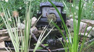 q i want to make a water fountain, outdoor living, ponds water features