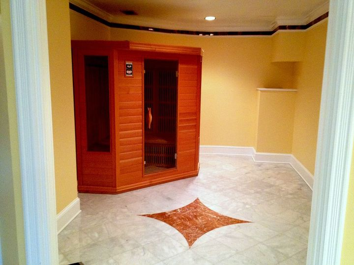 Once a master closet. now a dry sauna.