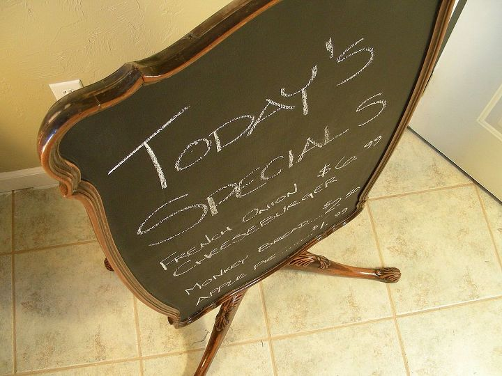 freestanding chalkboard upcycled from vintage sidetable, chalkboard paint, crafts, repurposing upcycling