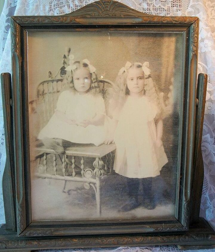 i m needing some help determining the age of this framed photo please, home decor