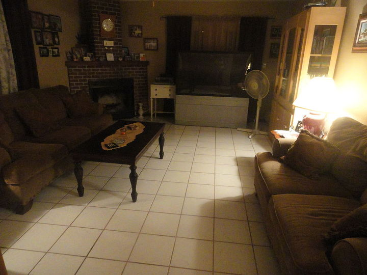 my living room  with more of the white tile. i dont know what do with it.