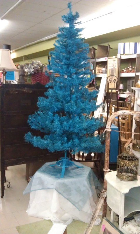 7 ft, 3 part tree, not prelit.
