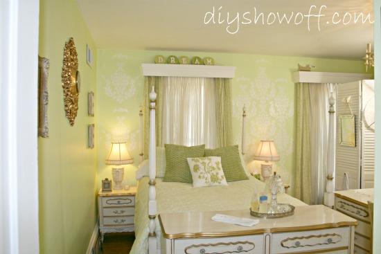 guest bedroom/dressing room