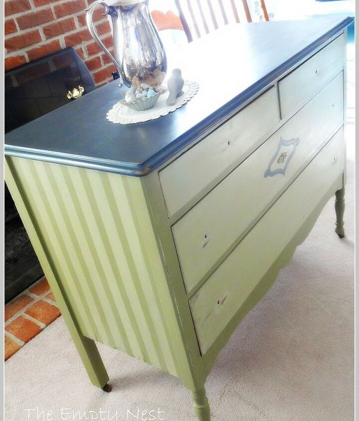 Custom ASCP green color mix..some cool stripes and a gorgeous Graphite dresser top...now he just needs some great knobs....