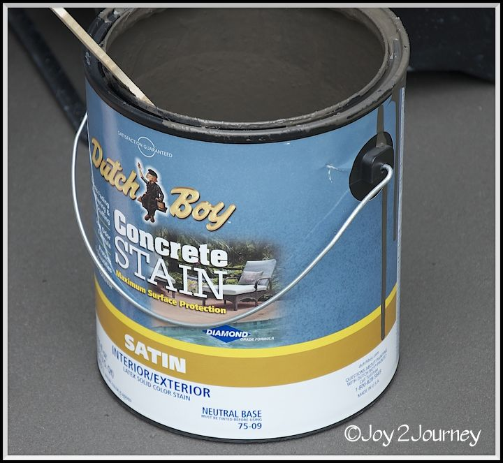 Dutch Boy Concrete Stain (Riveting), the 2nd coat I added an anti - skid additive.