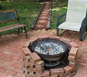 make a fire pit out of bricks