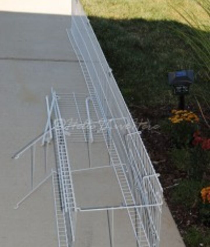 Wire rack that tried to impale me!