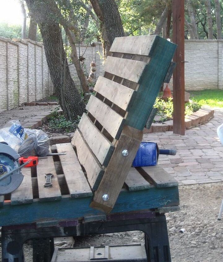 pallet swing, diy, pallet, repurposing upcycling, woodworking projects, Used carriage bolts to attach and support the back