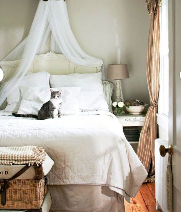 Creating a bed canopy is easy even if you don't have a four poster bed - this corona crown is attached to the ceiling