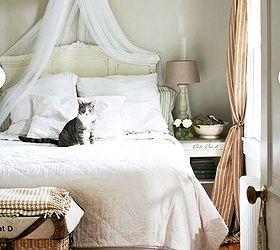 bed canopy bedroom decorating ideas diy canopy bed videos tutorial bedroom ideas ... & DIY No-Sew Table Cloth Bed Canopy Tutorial | Hometalk