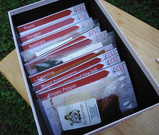 Arrange the filing dividers and the spices in your memory box