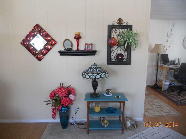 q living room wall ideas, home decor, living room ideas, wall decor