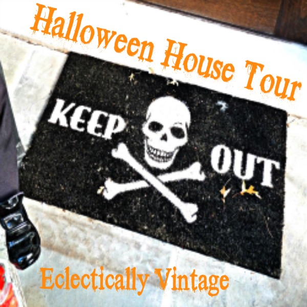 Enter if you Dare! See the full tour here: http://eclecticallyvintage.com/2012/10/enter-if-you-dare-halloween-house-tour/